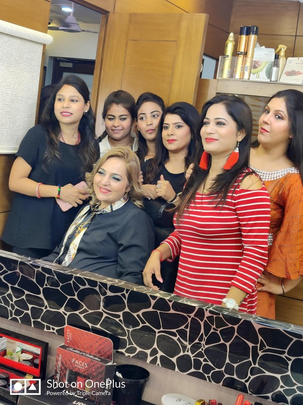 Which is the best makeup artist course in Delhi? - Quora