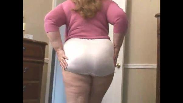 Fat nylon granny