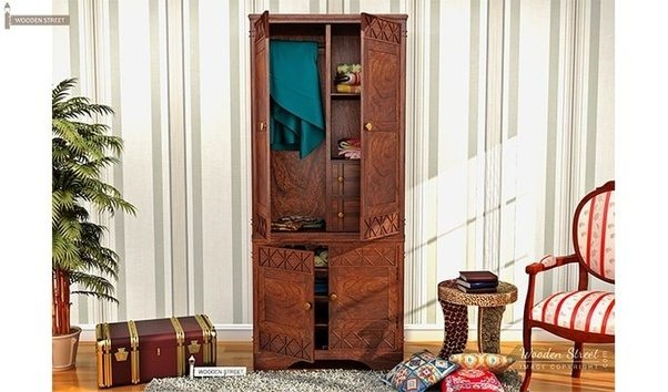 Pepperfry Is Also Is A Leading Brand Name In This Furniture Industry. They  Have A Prolific Range Of Wooden Wardrobes.