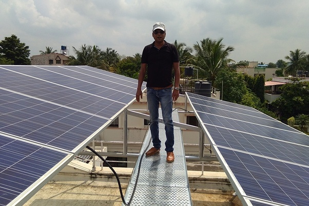 Which company in Pune gives solar energy solutions for small