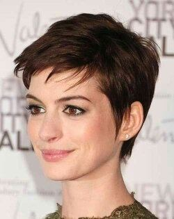 A Pixie Cut Is Short Yet Feminine You Ll Typically Only See This Sort Of Haircut On Woman It Would Not Look Right Man What Makes