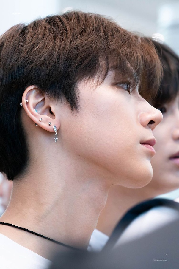 Which K Pop Idols Have The Most Piercings Quora