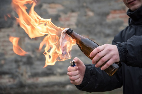 How is a Molotov Cocktail made? - Quora
