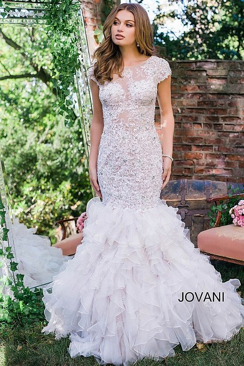 What is a mermaid wedding gown? - Quora