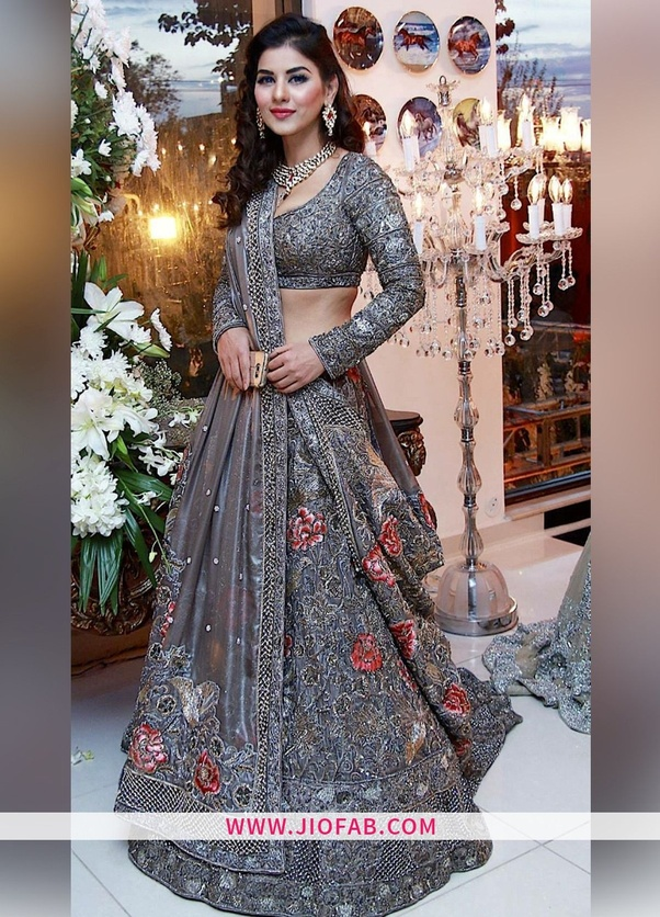 What are some of the best online sites for ethnic wear for Design outlet online