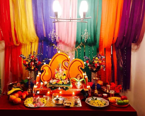 Ganpati Decoration For Home With Banana Leaves   You Might Think That Decorating  Ganpati Makhar With Banana Leaves Might Look Dull, But You Would Surely ...
