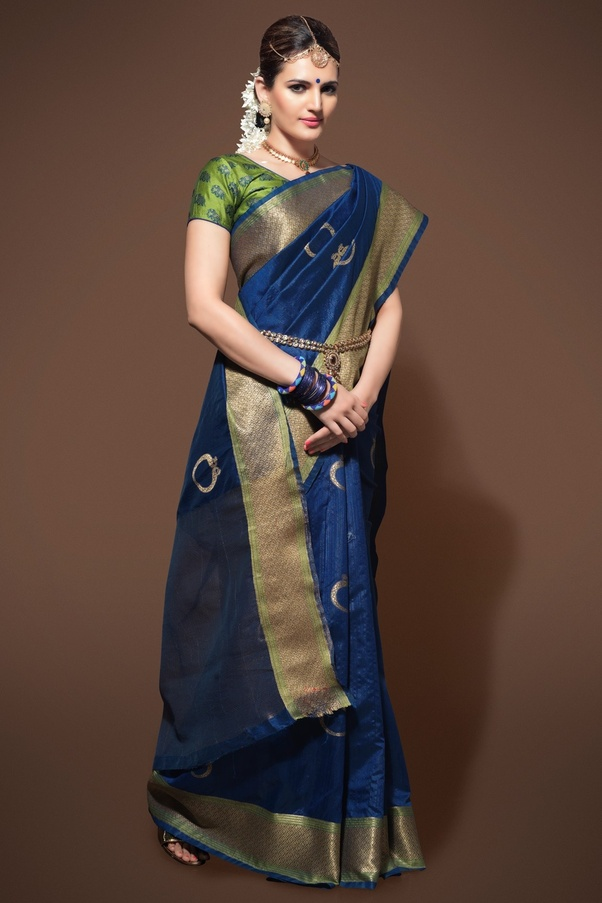 d3835cde64 Which Color Blouse Will Go With A Navy Blue Saree With A Golden Or