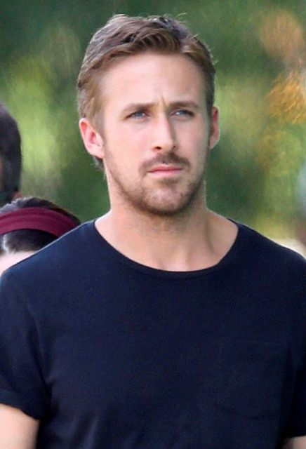 Who are some gorgeous Hollywood actors in their 20s or ...