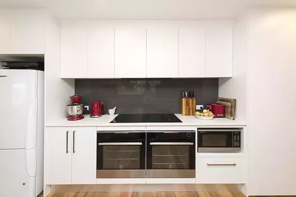 If You Want A Modern Look For Your Kitchen, Appliances Such As Your Fridge,  Dishwasher, Stove And Oven Should Be In Neutral And Solid Colours Like  These In ...