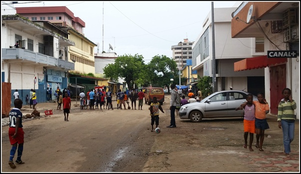 Conakry on- line intalnire