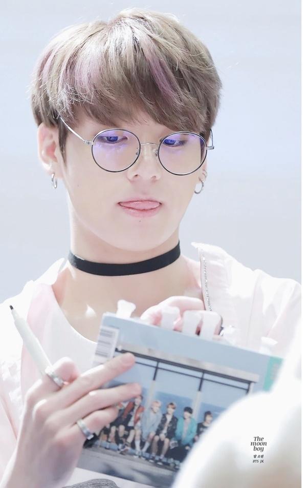 8fc8c34fe8 Which BTS members wear prescription glasses  - Quora