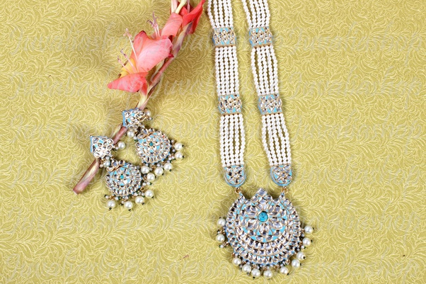 From Which website I can buy beautiful Fashion necklace? - Quora