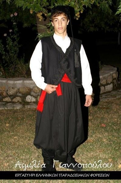 sosiri noi pret de fabrica Modă Why do the men on the Island of Crete wear black? - Quora