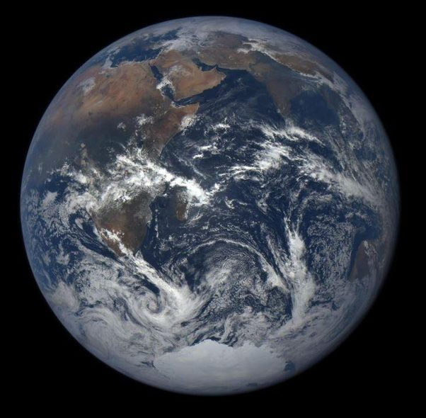 How to know that the photos of the Earth from space are ...