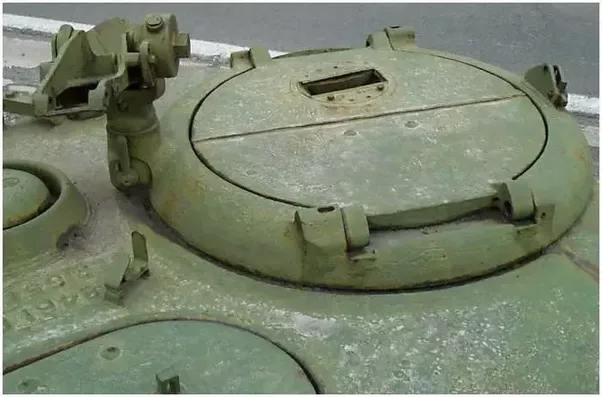 Can You Destroy An Enemy Tank By Opening The Hatch And