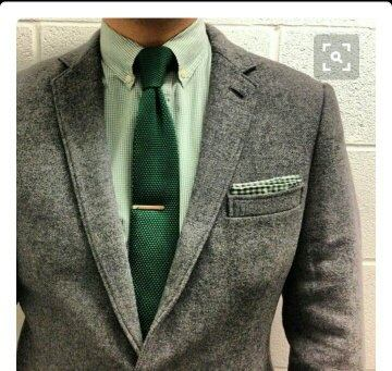Which Colour Of Tie Should I Wear With Pista Green Shirt