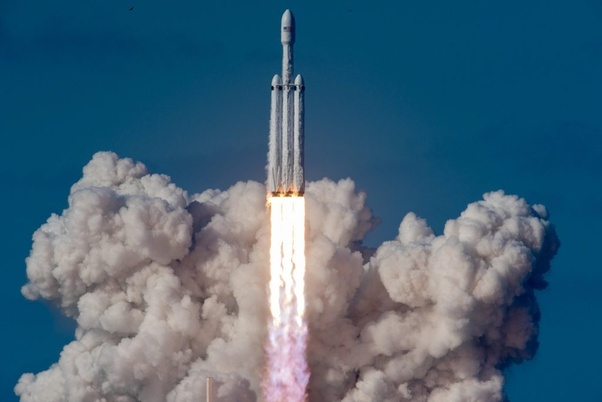 Is NASA'S SLS rocket stronger than SpaceX's Falcon Heavy ...