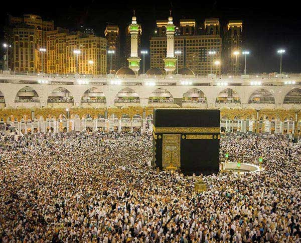 What Is Inside The Makka And The Madina Mosque Quora
