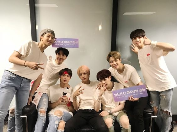 If BTS 2013 and BTS 2018 met, who would cry more, and what
