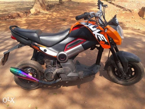 Can I install a Duke 250 body or Apache 200 in a Pulsar 220 for