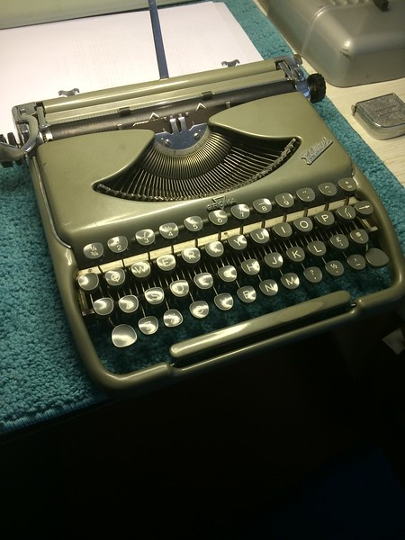 """QUORA question: """"What's a collectible typewriter I should purchase"""