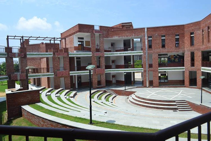 What are the best and top CBSE schools in Gurgaon, Noida and Delhi