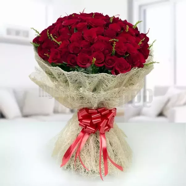 I want to gift 300 roses to my girl best friend. Where should I buy ...