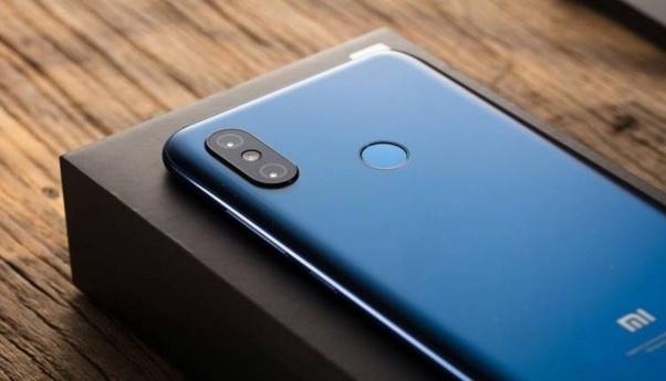 Should I buy a POCO F1 or wait for a Redmi Note 7 Pro? - Quora