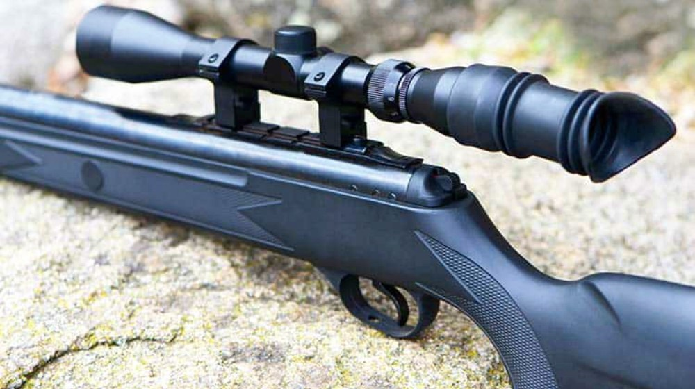 What is a good sniper rifle for deer hunting, and whats the