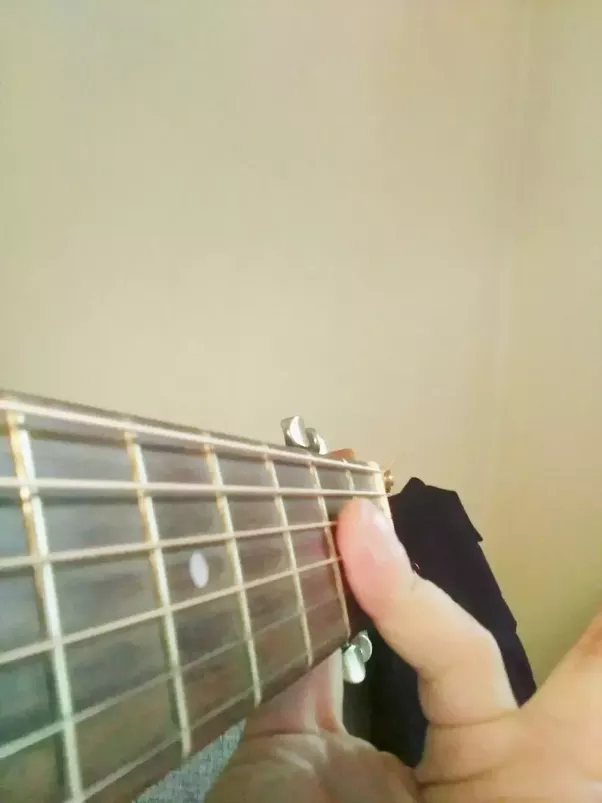 How To Play The A Chord On Guitar By Using Only The Ring Finger Quora