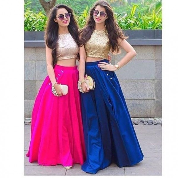 Which Hairstyle Suits A Crop Top And Long Skirt Quora