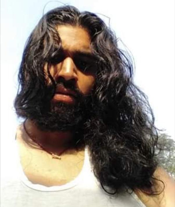 Man should hair long a have 11 Guys