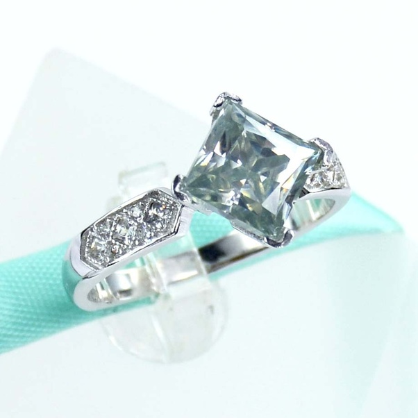 Is A Tiffany Engagement Ring Worth The Cost?