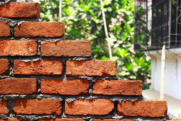 Why Are Bricks Stacked The Way They Are Rather Than Just One Directly On Top Of The Other Quora