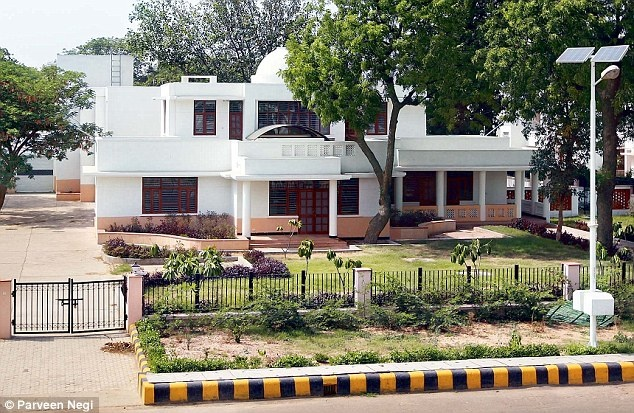 What Kind Of House Is Given To Ias Officer Quora