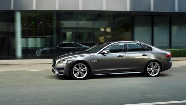 Which Car Is Worth The Money Jaguar Xf Or Mercedes E Quora