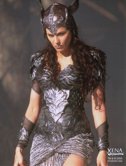 If you can pick an actor and wear the costume they wore who would lucy lawless as xena she had some fantastic costumes in that show besides her regular one solutioingenieria Gallery