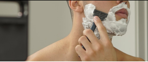 How to clean your razor after shaving