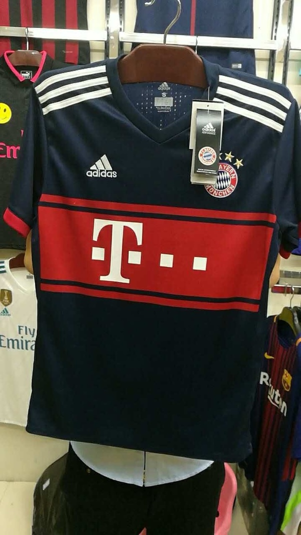 sale retailer 2aa3d 3e9c5 Where can I buy first copy football jerseys in Mumbai? - Quora