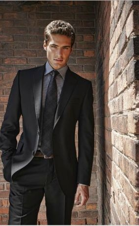 Which Colour Of Shirt Will Be Perfect In A Black Suit Quora
