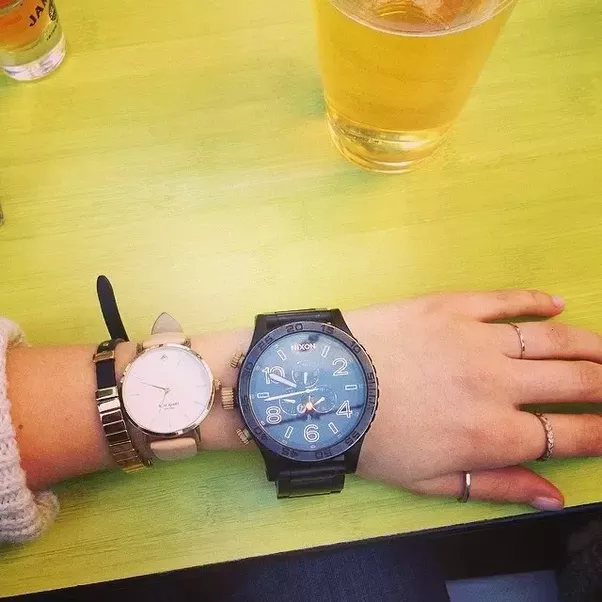 Why Do People Wear Two Watches Quora