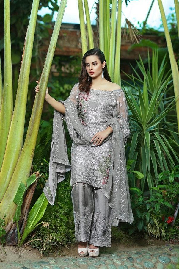 cb5f470275 I would suggest all my friends to go with Zindagi Collection for best  dresses and material for pakistani suits
