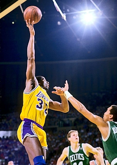 NBA: Who was better - Earvin 'Magic' Johnson or Larry Bird ...