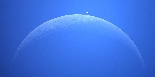What is the symbolic meaning of a crescent moon upside ...