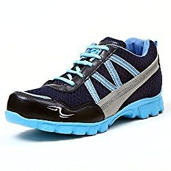 It is provided with a padded tongue which will help to keep your feet  stable inside the shoe while running.