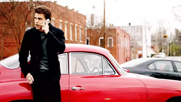 What's the make and model of Stefan Salvatore's vintage sports car