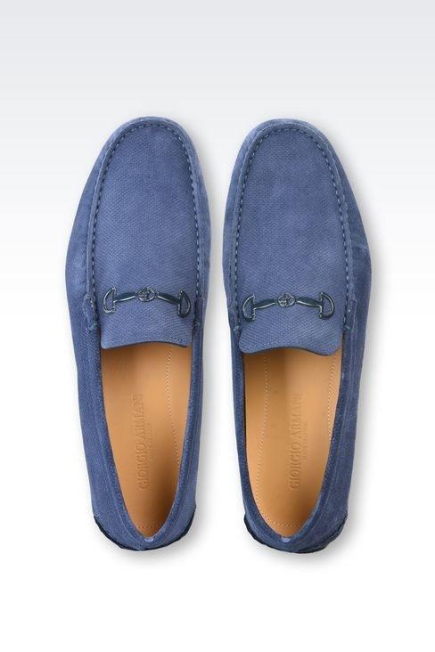 Il prezzo segnato di un paio di scarpe è di $ 680.  Quanto deve vendere le scarpe per ottenere un guadagno del 20%?