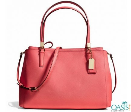 Now I would like to suggest you about Oasis Bags. It is the best place for  wholesale handbags manufacturing brand at an irresistible cheap price. 61f63e7dfc4ad