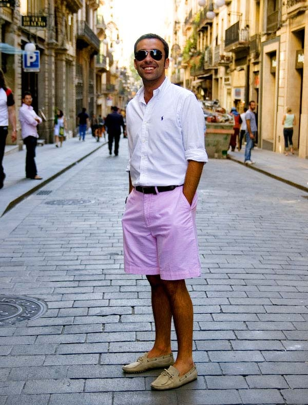 7c8b6d178a2 What color shirt should I wear with pink shorts? - Quora