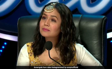 What Really Happened After A Contestant Kissed Neha Kakkar In Indian Idol 11 Auditions Quora